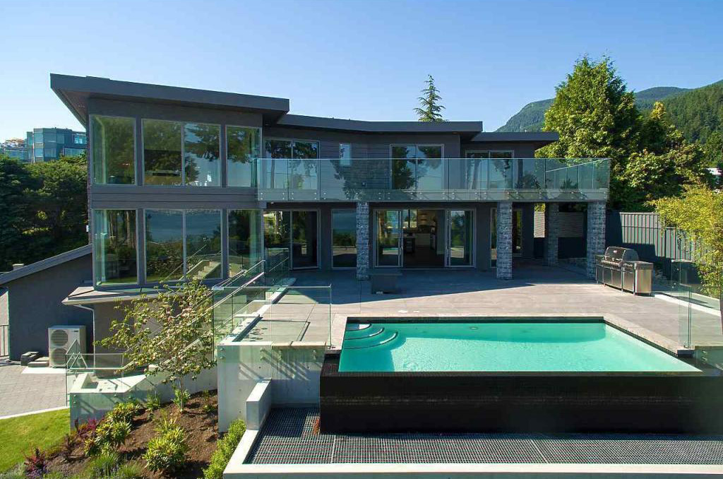 Rockbank - West Vancouver